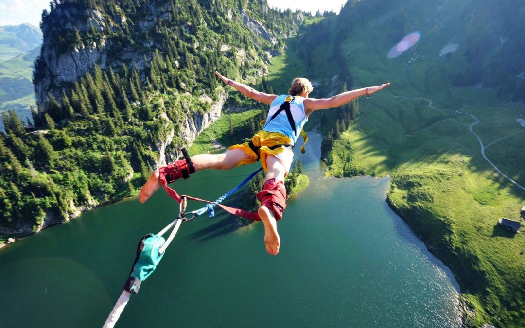 BUNGEE JUMPING – ADDIO AL CELIBATO A BASE DI ADRENALINA